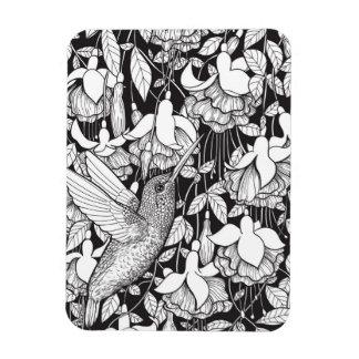 Hummingbird and fuchsia magnet
