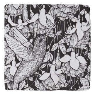 Hummingbird and fuchsia trivet