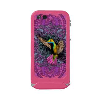 Hummingbird in Flight Incipio ATLAS ID™ iPhone 5 Case