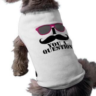 Humour de moustache avec les lunettes de soleil ro tee-shirts pour animaux domestiques