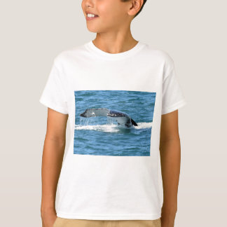 HUMPBACK WHALE TAIL & FISH QUEENSLAND AUSTRALIA T-Shirt