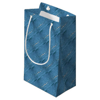 HUMPBACK WHALE TAIL MACKAY QUEENSLAND AUSTRALIA SMALL GIFT BAG
