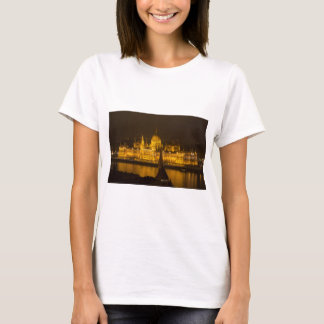Hungarian Parliament Budapest by night T-Shirt