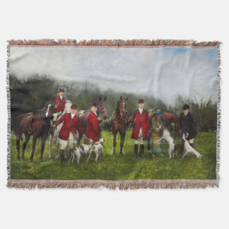 Hunter - The fox hunt - Tally-ho 1924 Throw Blanket