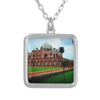 Hymau's tomb square pendant necklace