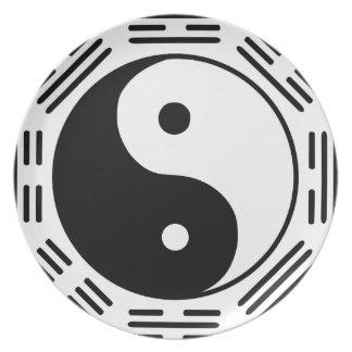 hyuga_clan_symbol_by_elsid37-d556jmj plate