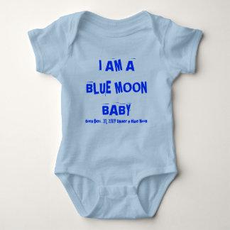I AM A BLUE MOON BABY, Born Dec. 31, 2009 Under... Baby Bodysuit