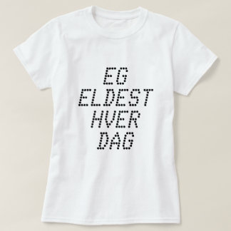 I am getting older every day, in Norwegian white T-Shirt