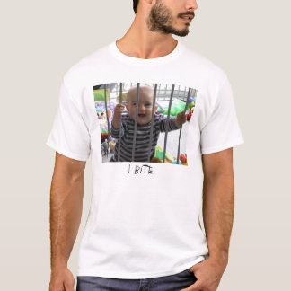 I Bite - Charlie Bit Me T-Shirt