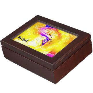 I Fix My Eyes To You JESUS B Keepsake Box