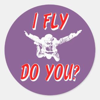 I Fly, Do You? (wht) Classic Round Sticker