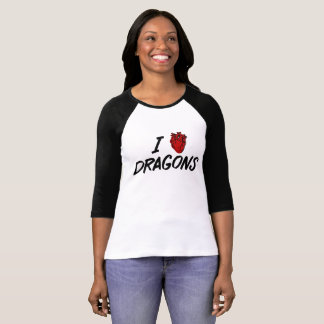 I heart dragons - dragon lover's delight T-Shirt