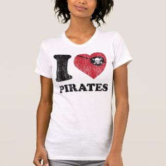 I Heart Love Pirates Shirt. Vintage Retro Graphic. T-Shirt