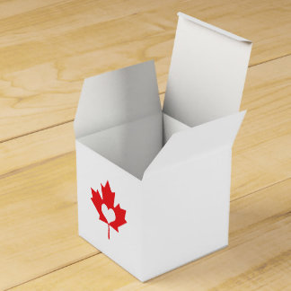 I Love Canada Maple Leaf and Heart Favor Box