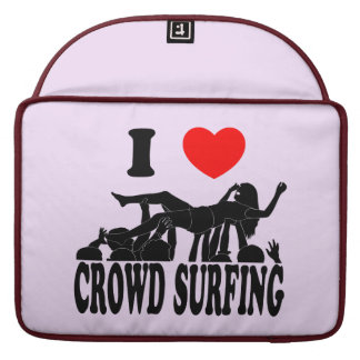 I Love Crowd Surfing (female) (blk) Sleeve For MacBook Pro