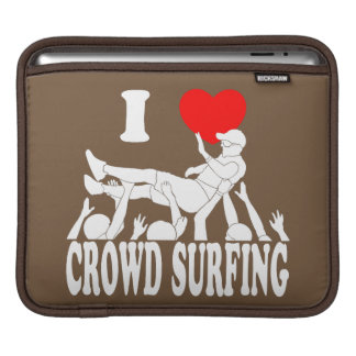 I Love Crowd Surfing (male) (wht) iPad Sleeve