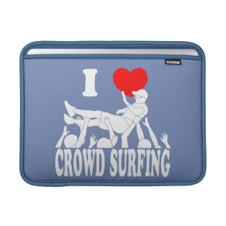 I Love Crowd Surfing (male) (wht) MacBook Sleeve