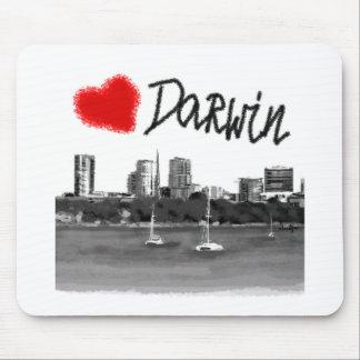 i love Darwin Mouse Pad