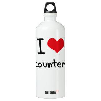 I love Encountering SIGG Traveler 1.0L Water Bottle