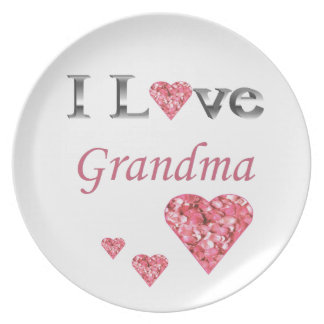 """I Love Grandma"" Collectable Plate w pink hearts"