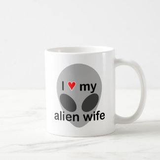 I love my alien wife coffee mug