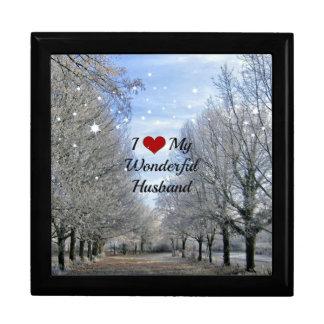 I Love My Wonderful Husband - Snowy Winter Day Gift Box