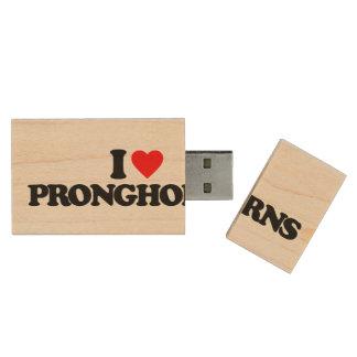 I LOVE PRONGHORNS WOOD USB 2.0 FLASH DRIVE
