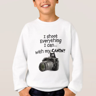 I shoot everything I can Sweatshirt