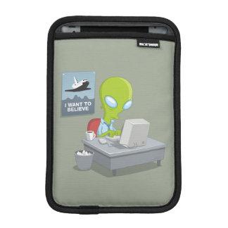 I Want To Believe iPad Mini Sleeve