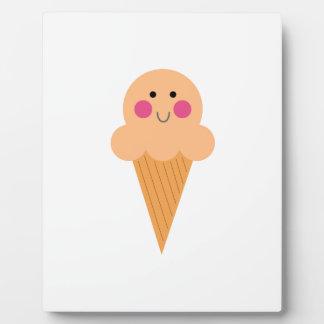Ice cream design on white plaque