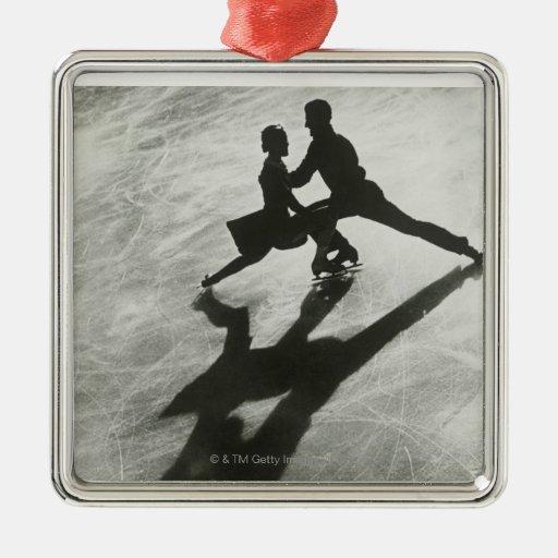 Ice Skating Couple Christmas Tree Ornament