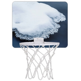 Ice, snow and moving water mini basketball hoop