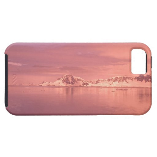 Ice, Snow, Icebergs in the channels along the iPhone 5 Cases
