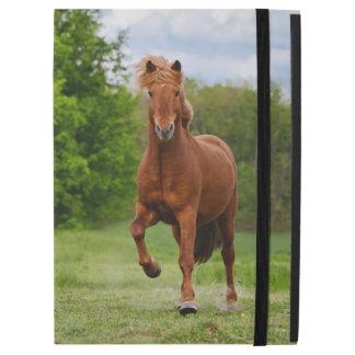 "Icelandic Pony Runs Tölt Funny Photo Horse Lovers iPad Pro 12.9"" Case"