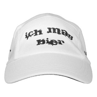ich mag Bier. I like Beer in German hat. Hat