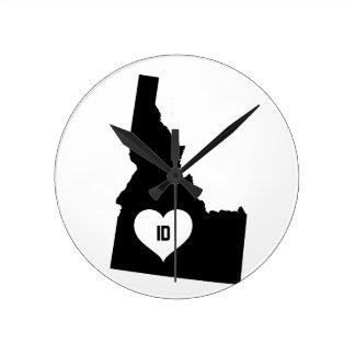 Idaho Love Round Clock