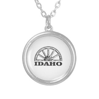 Idaho wagon wheel silver plated necklace