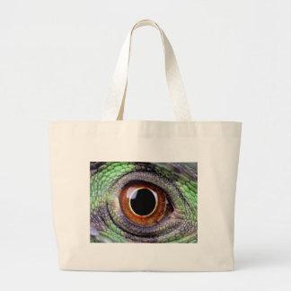 Iguana eye large tote bag