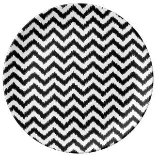 Ikat Chevron Black Pattern Zigzag Porcelain Plate
