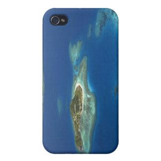 Île de Matamanoa et récif coralien, île de Mamanuc iPhone 4 Case