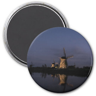 Illuminated windmill at Blue Hour round magnet