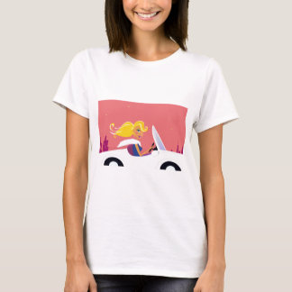 ILLUSTRATED EDITION WITH GOLD HAIR TRAVEL GIRL T-Shirt