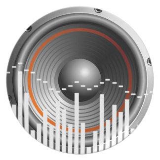 illustration de musique avec le haut-parleur assiette