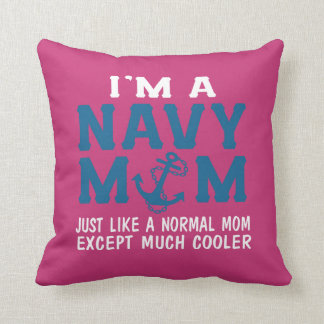 I'M A NAVY MOM THROW PILLOW