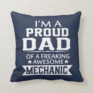 I'M A PROUD MECHANIC's DAD Throw Pillow