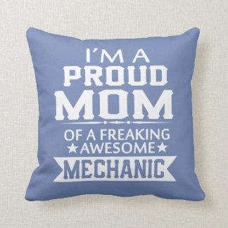 I'M A PROUD MECHANIC'S MOM THROW PILLOW