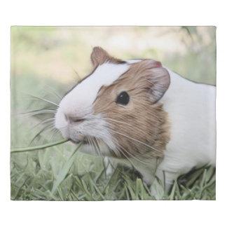 impressive animal -Guinea pig Duvet Cover