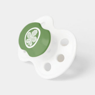 In circle leaf of rudder pacifier