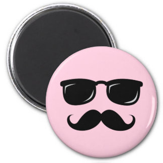 Incognito pink magnet with mustache and sunglasses