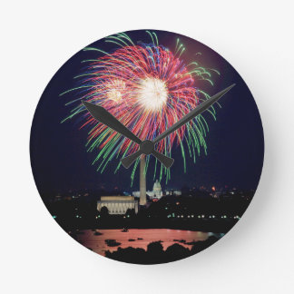 Independence-Day Round Clock